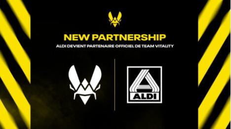 Sponsoring an esports team - Socially Powerful